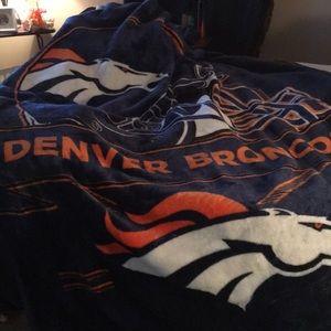 Broncos blanket